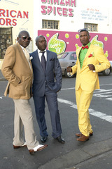 20140211104643-_2012_11_19__at_cape_town_in_elies_river_where_people_from_congo_brazzaville_show_there_fashin_in_left_with_have_bidier_and_in_middle_roge_on_the_riht_we_have_ma_lucky__pg