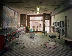 laundromat, Lori Nix