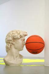 20140408090106-daniel-van-straalen-all-surface-david-sculpture-basketball-47-x-48-x-28-cm