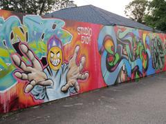 20141009132613-art_wall