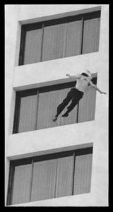 20141010125805-charelsworth_unidentified-man-ontani-hotel
