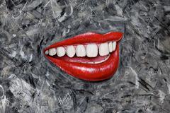20150604050507-smile