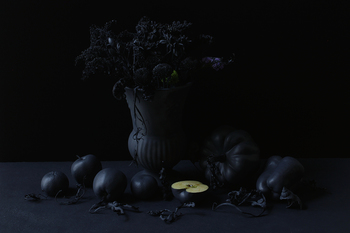 20151026113539-golacki_still_life_with_vase