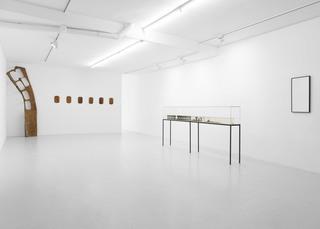 WINTERMUTE (Installation view), Alicja Kwade, Lucy Skaer