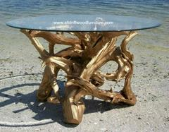 20151213054433-driftwood_dining_table_gold-712x554