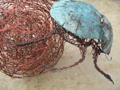 Dung_beetle_and_ball_32cmx19