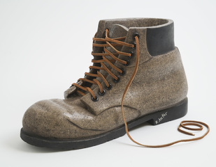 Work Boot, Robin Antar