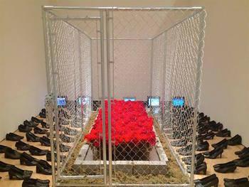 20160621225714-memorial_in_exile-installation-kemper_muesuem-2016